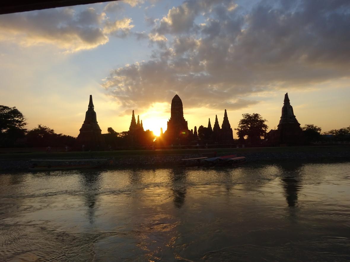 Puesta de sol en Ayutthaya