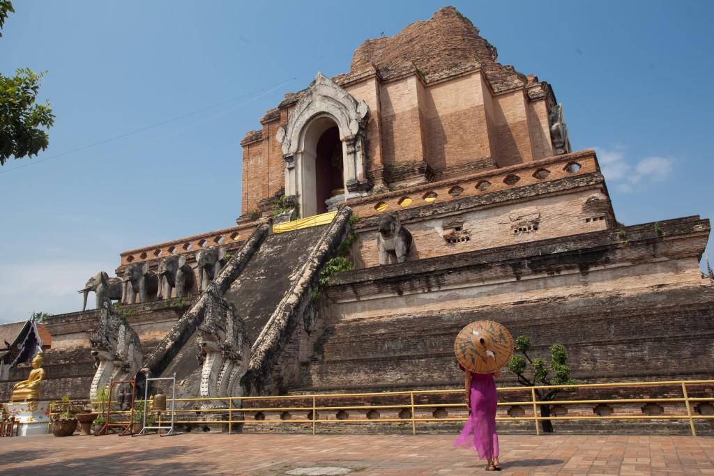 El Blog de Tailandia- María en templo