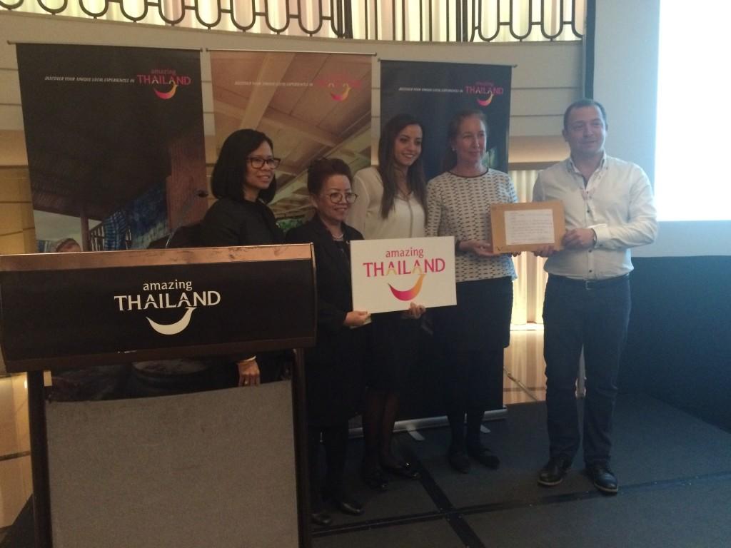 Entrega de premios en colaboración con Emirates
