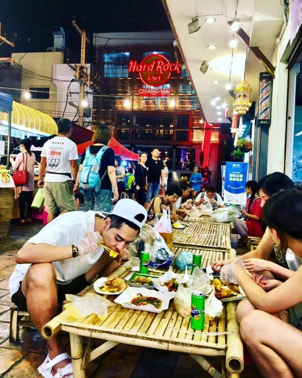 Foto 14_Thai mood at Night #Bazaar_