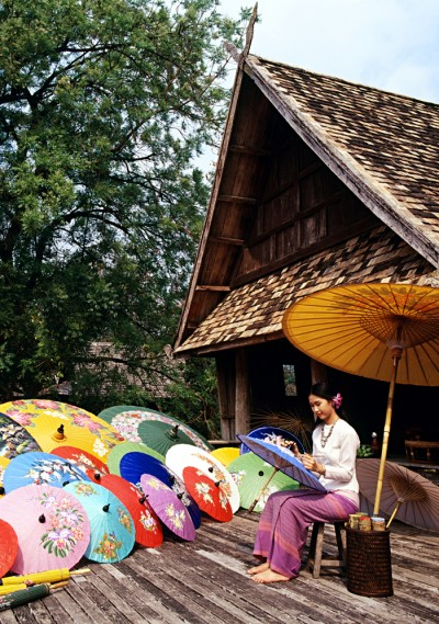 Umbrella-Painting_1-Chiang-Mai__