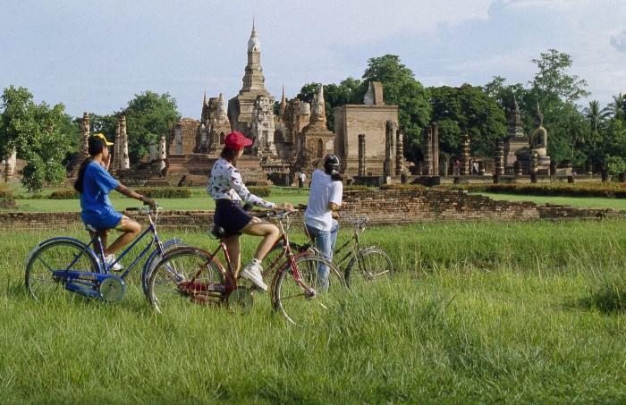 Turismo de Tailandia_Biking Sukothai
