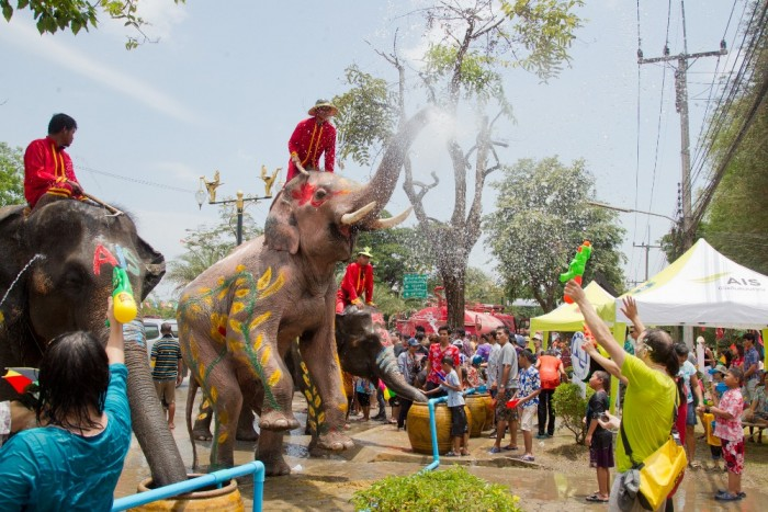 Turismo de Tailandia_Songkran_12_-_Ayutthaya