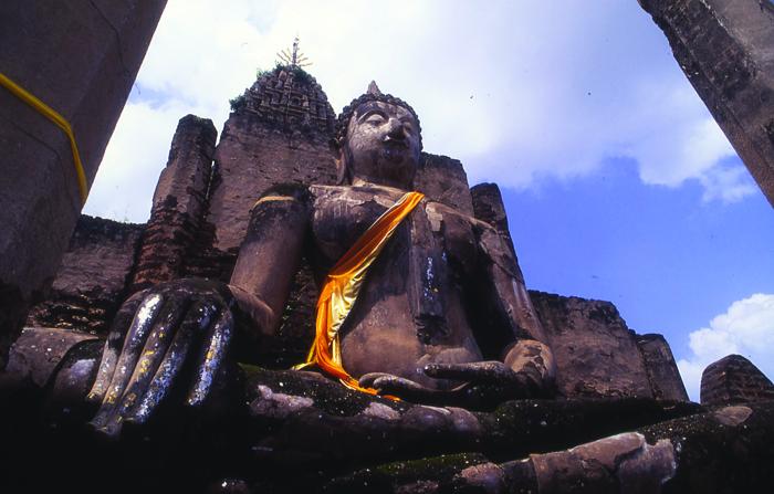 Turismo de Tailandia_Wat Mahatat Sraisatchalai-Sukhothai