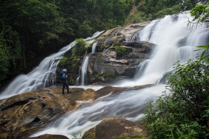 Turismo Tailandia_Pha Dok Sieo Waterfall in Doi Inthanon National Park, Chiang Mai