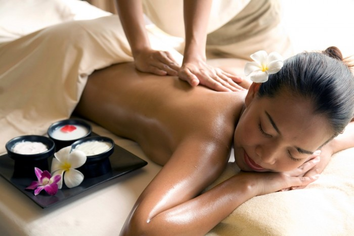 Thai Herbal Spa Treatment_
