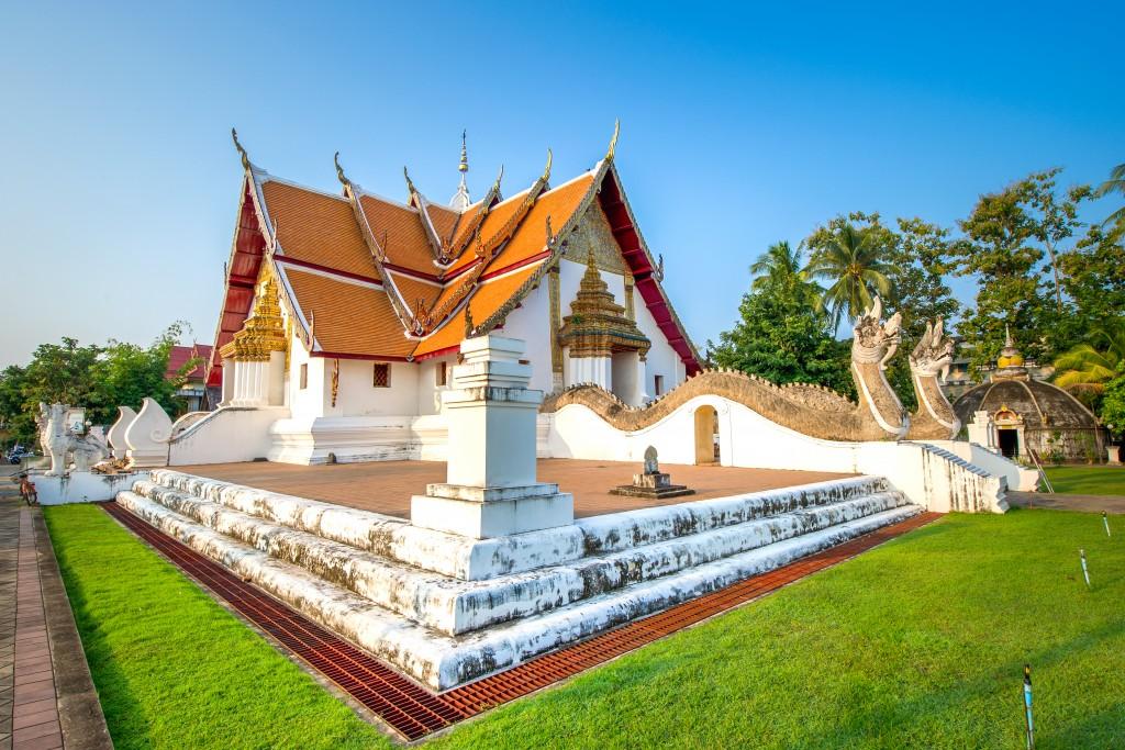 Turismo de Taillandia_Phumin Temple, Nan