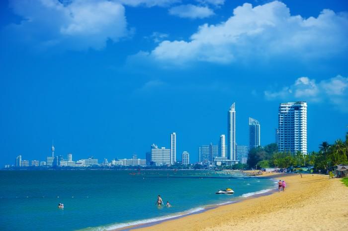 Turismo de Tailandia_ Pattaya Beach, Chon Buri