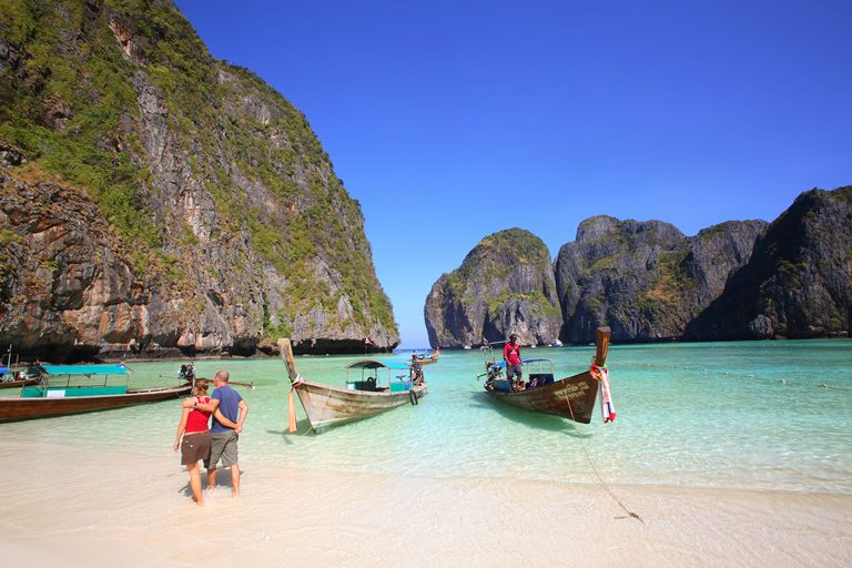 Turismo de Tailandia_long tail boat krabi
