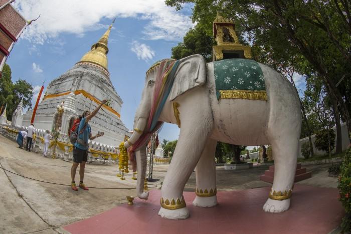 Turismo de Tailandia_Templo Buddista Lampang 107