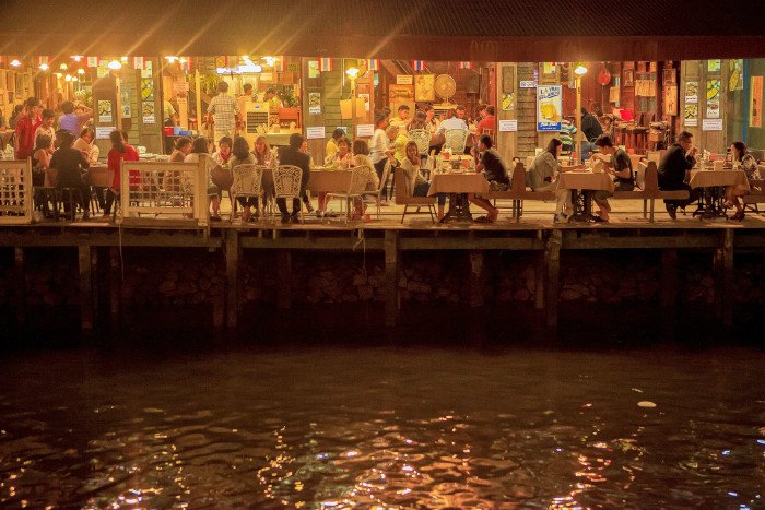 Turismo de Tailandia_Amphawa Floating Market, Samut Songkhram