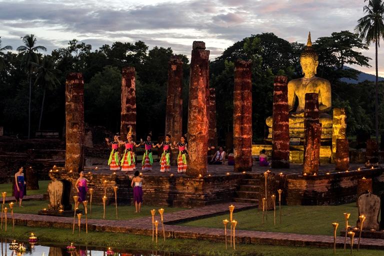 03 Turismo Tailandia - Sukhothai-Wat Mahathat-Loi Krathong Festival