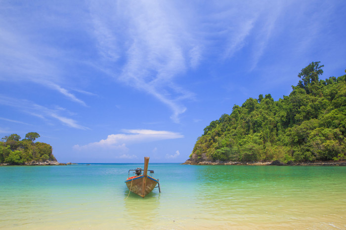 Turismo de Tailandia_Khao Khwai Bay on Payam Island, Ranong