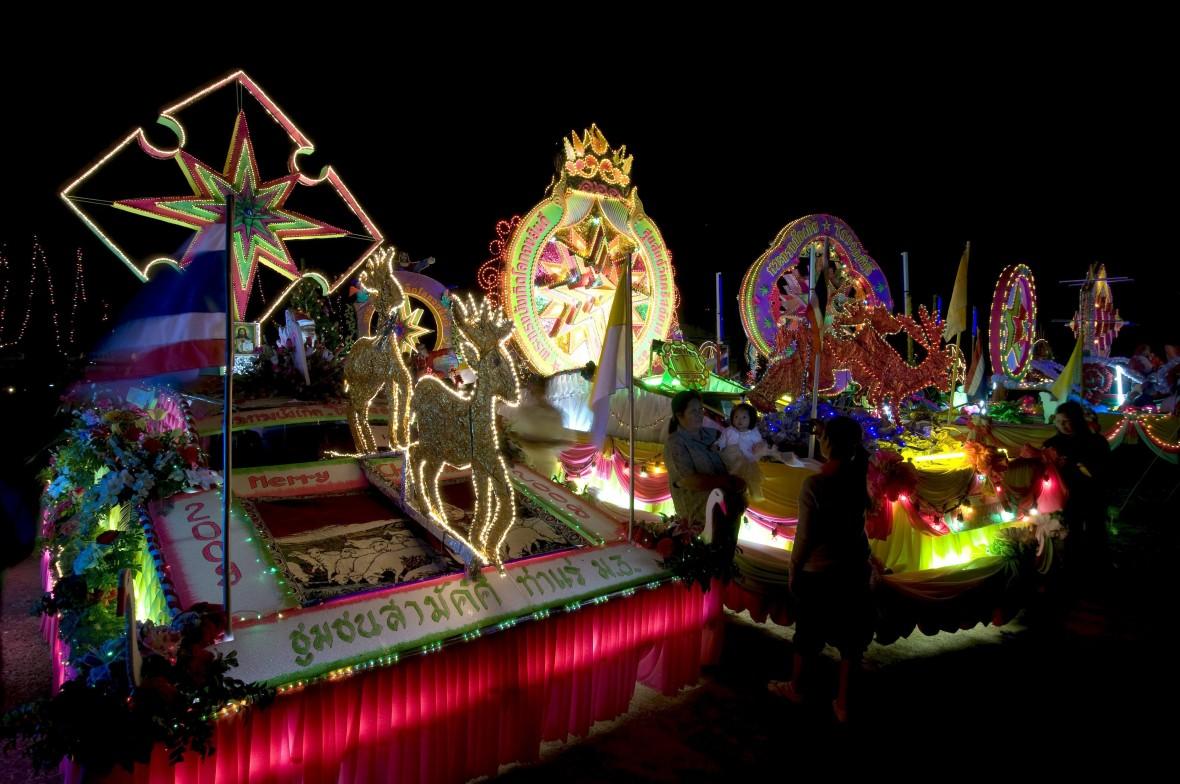 Turismo de Tailandia_Navidad en Sakon-Nakhon-000468
