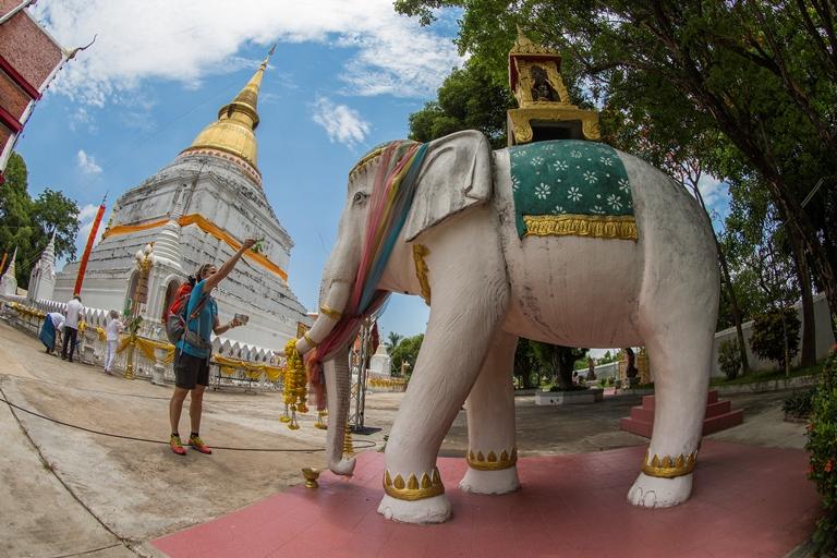 Turismo de Tailandia_Templo Buddista Lampang 107_
