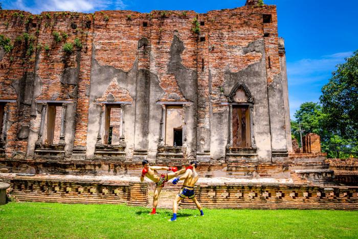 Turismo de Taliandia_Ayutthaya-Wat Borom Phuttharam-Muay Thai (มวยไทย) 180437PN (1)_