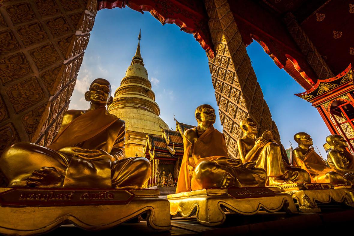 Turismo de Tailandia_Phra That Hariphunchai Woramahawihan Temple, Lamphun