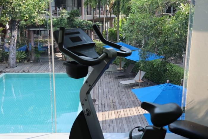 Turismo de Tailandia - Gym Sai Kaev Samet