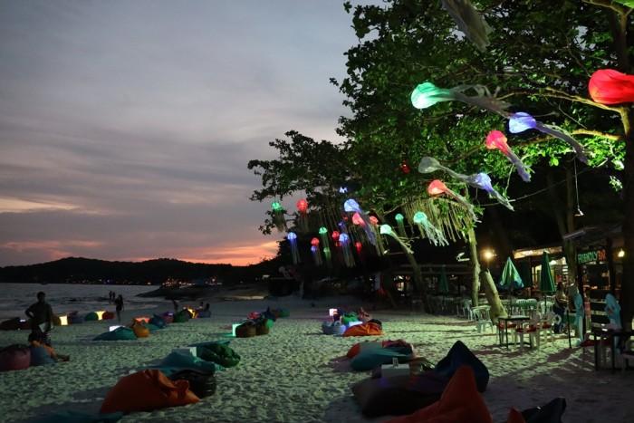 Turismo de Tailandia - Playa Samet por la noche