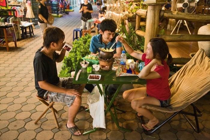 Tailandia. Chiang Rai. Mercado nocturno