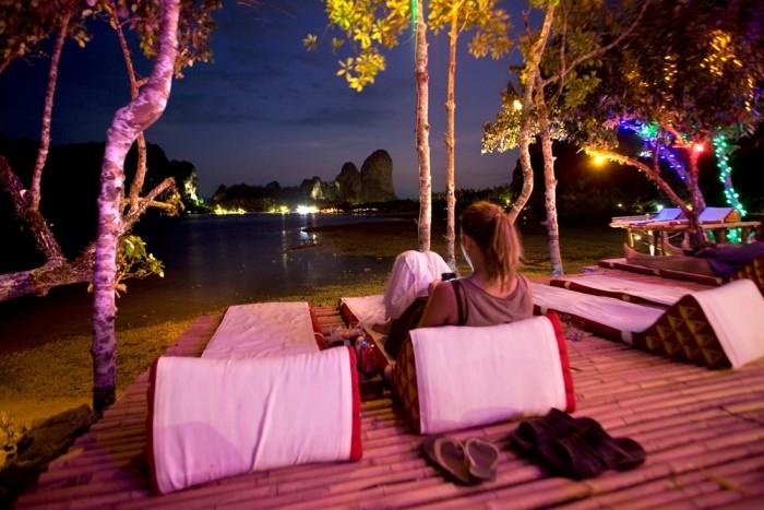 Turismo de Tailandia - Alvaro Arriba - Krabi playa lectura