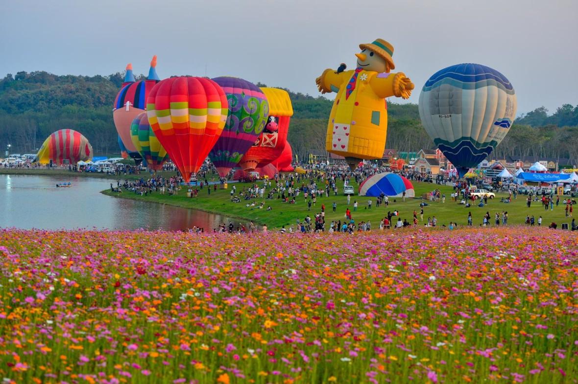 Fiesta Internacional de Globos de San Valentín de Chiang Rai 2020 (Chiang Rai International Valentine's Balloon Fiesta 2020)